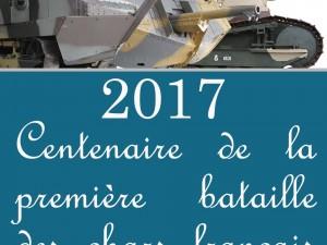 1917: Französische Panzer kommen aus den Gräben