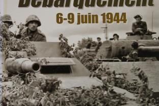 Die Panzer stehen vor der Landung 6-9 Juni 1944