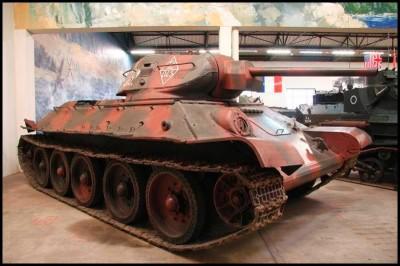 Der Tank T 34-76