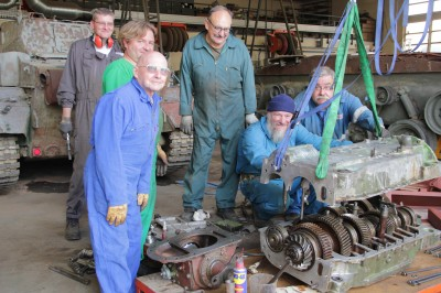 Restoration of the Panzer IV tank
