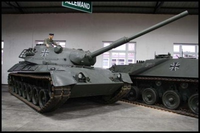 Leopard I and II tanks